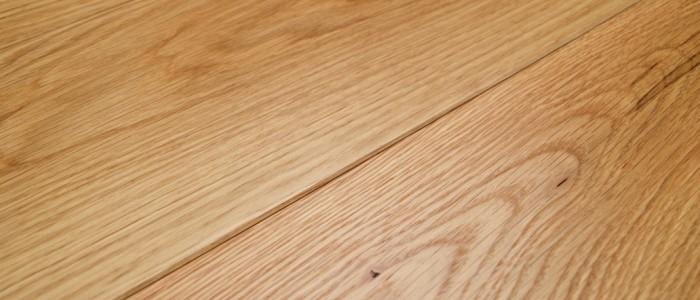 Solid Wood & Laminate Flooring